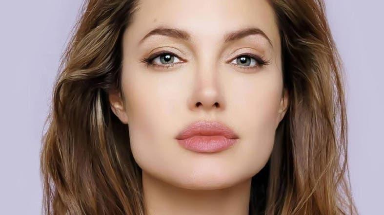 Angelina Jolie | InstantHub