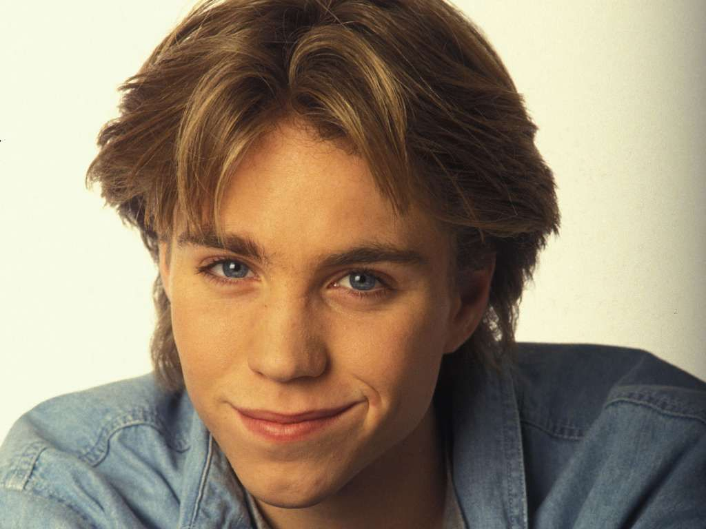 Jonathan Brandis | 8 Child Stars Destroyed by Fame | InstantHub