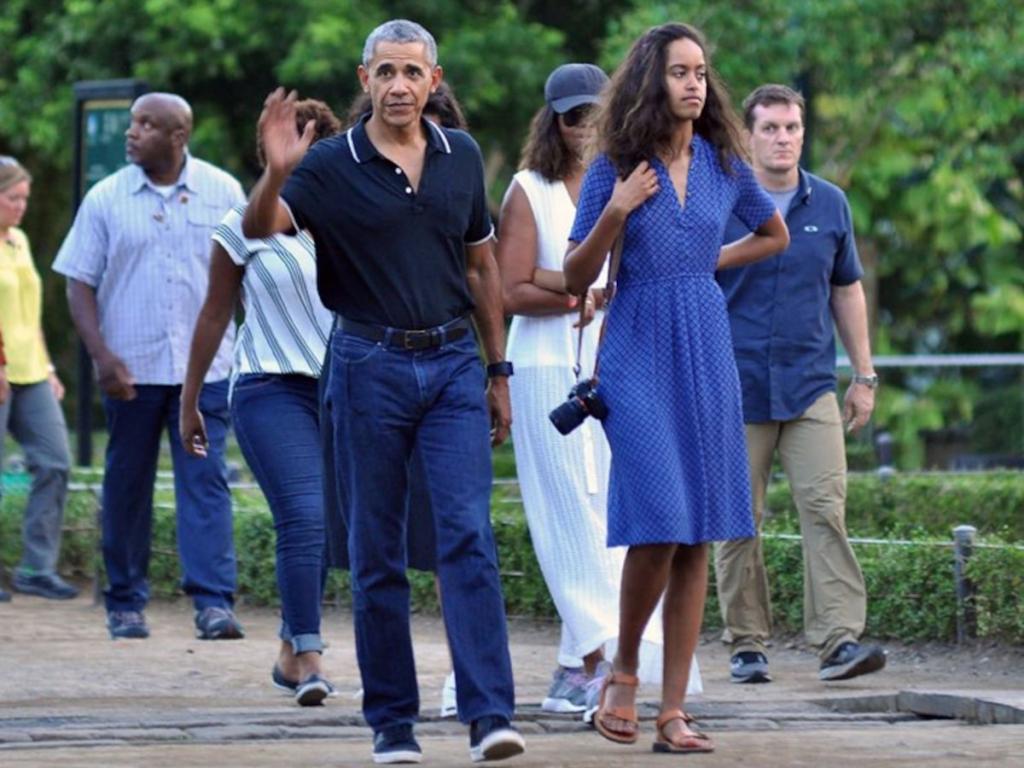 她身高超过6英尺|  关于玛莉亚·奥巴马(Malia Obama)的8个令人惊讶的事实  InstantHub