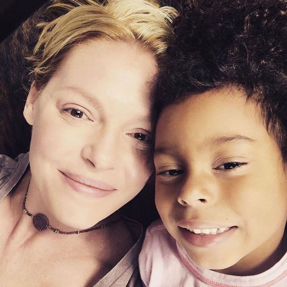 妈妈成为维权人士|  凯瑟琳·海格(Katherine Heigl)和她的孩子们的私生活会让你感到惊讶  Instanthub