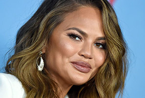 Did You Miss Her? Chrissy Teigen Returns to Twitter After Quitting for 23 Days | InstantHub